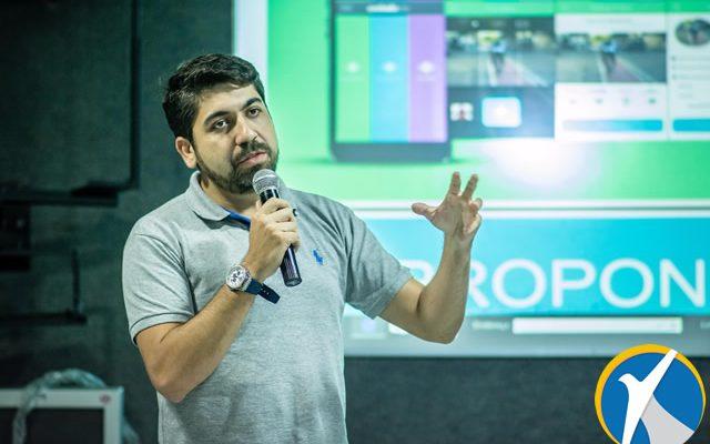 Hermes Alves palestra sobre utilizar rede social como Ouvidoria Municipal