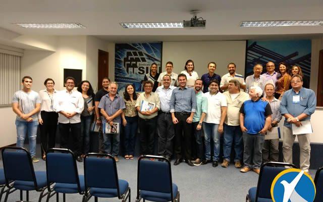 Secretário de Desenvolvimento participa de Seminário sobre gesso em Recife