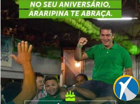No seu aniversário, Araripina te abraça. Parabéns, Pimentel!